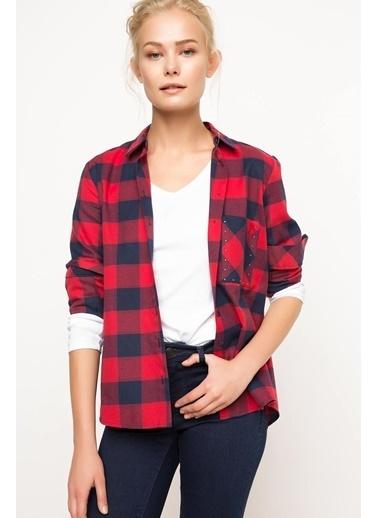 DeFacto Cep Detaylı Kareli Gömlek Kırmızı